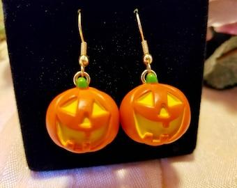 Halloween Jack O'Lantern Pumpkin Pierced Dangle Earrings   Vintage 1990 Hallmark