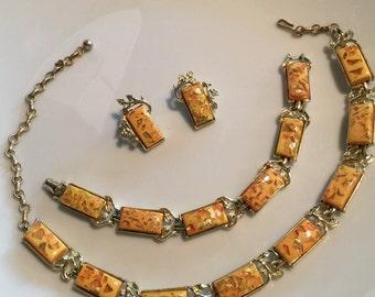 Vintage stunning CORO  3 piece peach gold confetti lucite necklace bracelet earrings full parure set Madmen style hipster retro