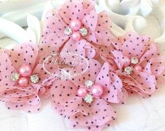 Neu: 4 Stk. Aubrey PINK Polka Dots Patterned - weiches Chiffon mit Perlen und Strass Layered kleine Stoff Blumen, Haarschmuck