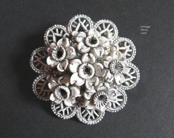 Vintage Celluloid Flower Brooch / Pin, Vintage Costume Jewelry / Jewellery