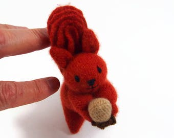 Toy Squirrel, waldorf toy, natural eco friendly plush stuffed animal, red squirrel, stuffed toy, kids toy,