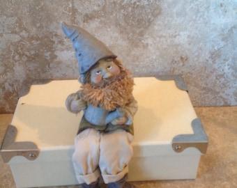Vintage gnome shelf sitter