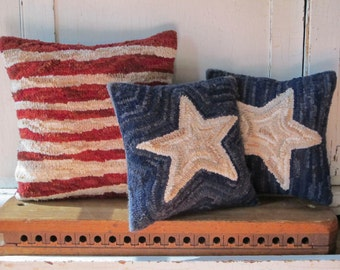 Stars and Stripes Patriotic Pillow Set Rug Hooking Pattern