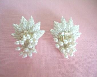 Mariage élégant Faux perle boucles d'oreilles assez féminin irisé perlé boucles d'oreilles Vintage bijoux Boucles d'oreilles uniques doux cadeau pour elle