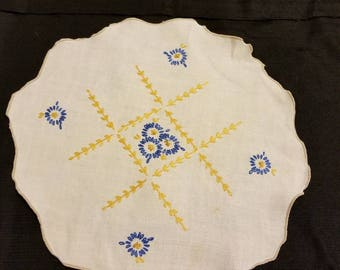 Vintage Linen Embroidered Doilly