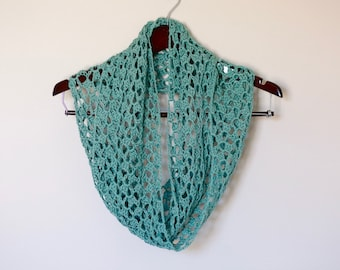 Ready to Ship - Green  cotton summer lace infinity scarf, green spring circle scarf, lightweight scarf