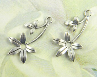 Antiqued Silver Flower, Brass Leaf Stamping, Flower Charm, Charm Drop 16mm x 30mm - 4 pcs. (sl143)