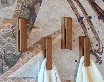 Set of 4 walnut towel hooks, bathroom decor, home decor, towel holder, wall hanger, towel rack, wall hook, wedding gift, personalized gift