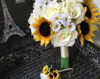 Sunflower Bouquet with Boutonniere, Sunflower Ivory Rose Wedding Bouquet, Ivory Bouquet, Ivory Sunflower Bridal Bouquet Daisy Rustic Bouquet