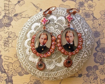 """Girl Medallion"" earrings"