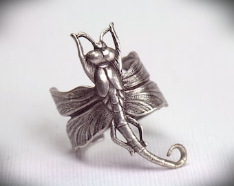Dragonfly RING. Uni-sex. Art Nouveau, Steampunk Steam punk Victorian, dragon fly Grey Gray Metamorphosis Silver Dragonfly Jewelry Great gift
