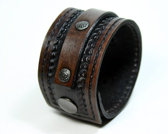 Mens Leather Wrist Cuff With Textured Rivets.  Black Leather Wrist Cuff, Wide Cuff With Antique Nickel Snap!