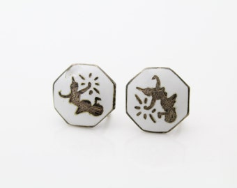 Vintage SIAM Sterling Silver Screwback Earrings w White Enamel Dancers. [485]
