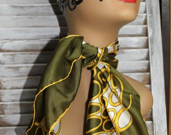 Vintage. Scarf. Green/yellow/gold/white. Silk. Dots. 1960s. Square scarf!