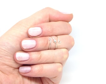 Knuckle ring ~ Midi ring ~ Silver knuckle ring ~ Sterling silver ~ Wire ring ~ Bead knuckle ring ~ Silver wire knuckle ring ~ Midi band