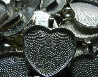 """Heart Shaped Bezel Cup Pendants Cabochon Mountings Blank Trays Lot of 59 Silver Toned 25mm 1"""""""