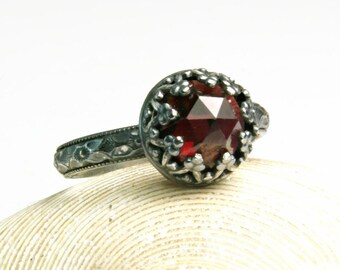 Silver Garnet Ring, Natural Red Gemstone, Renaissance Ring, Victorian Style Jewelry