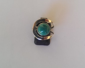 Handmade Torquise and Solid 925 Sterling silver ring.