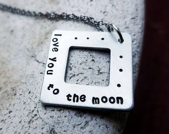 I Love you To the Moon Necklace - I Love you To the Moon and Back - Moon Necklace - Moon - Silver Necklace - Gift from Dad Mom