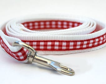 Lifes a Picnic Red Dog Leash