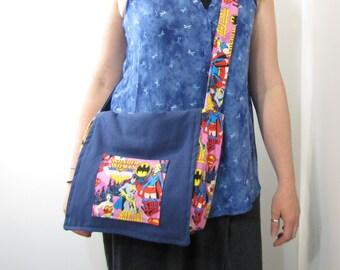 Wonder Woman Super Girl Messenger Bag Navy