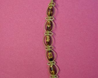 Macrame hemp and wood bracelet