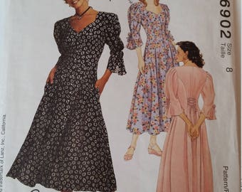 Vintage Lanz McCall's Sewing Pattern 6902 Misses' Dress in Sizes 8