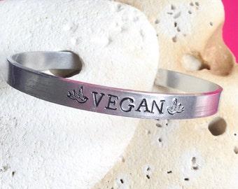 Vegan bird motto bracelet - adjustable - handstamped