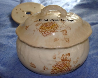 Wheeling LaBelle Covered Bowl 3 Piece Set Collectible