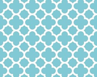Fabric by the Yard - Quilting Fabric - Fat Quarter Bundle - Riley Blake Fabric - Aqua Quatrefoil Fabric - Aqua Fabric - Modern Fabric