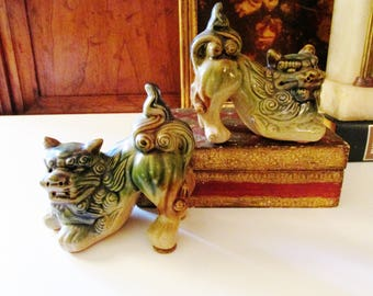Vintage Foo Dogs, Petite Guardian Dogs, Chinoiserie Pottery Foo Dogs, Pair of Green Pottery Figurines, Oriental Decor