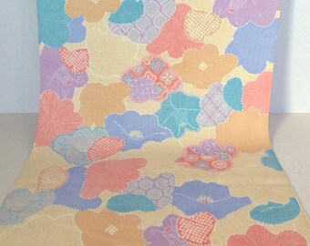 Vintage Japanese Wool Kimono Fabric with Cheerful Modern Flower Pattern
