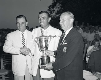 1954 US Open presentation of award to champion Ed Furgol - with Ben Hogan - GO-08