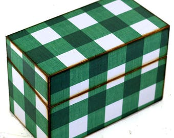 Wood Recipe Box Green and White Plaid Fits 4x6 Cards