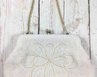 Vintage beaded Clutch,Beaded flower,white,evening bag,vintage,mid century modern,clutch,beaded,snap clasp,metal strap