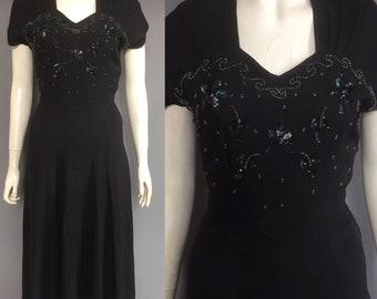 CC41 1940s dress with tie waist