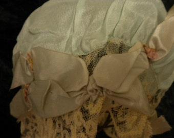 Nightcap Lovely green silk antique women's night bonnet with ribbon work detailing 1920's EXCELLENT condition (#FFs1117)