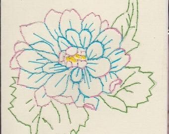 Camilla Enbrodiered Flower