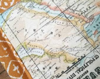 Baby play mat - map earth chart - yellow light blue beige pastel