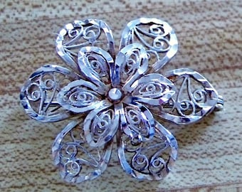 Vintage Sterling Silver Brooch Three-Dimensional Filigree Flower Brooch / Pin Lacey Intricate Detail