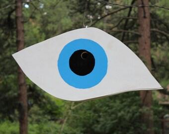 Eye in the Sky Birdhouse