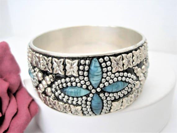 Turquoise Silver Bangle, Aqua Lucite Stones, Wide Silver Tone Bracelet