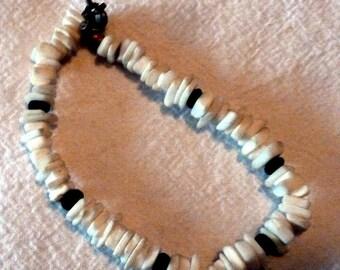 """VINTAGE Hawaiian Heishi Bracelet 7"""""""