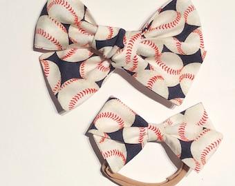 Baseball Bow//Hand-tied Hair Bows//Baby Fashion