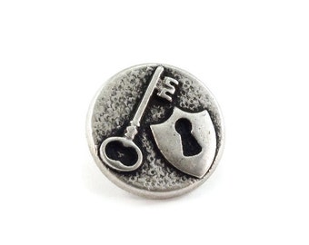 Lock and Key Metal Buttons 18mm Antique Silver Qty 3