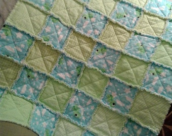 Green and Blue Turtle Rag Quilt