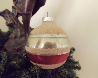 Vintage Shiny Brite Ornament Red Green Mica Mercury Glass Made In Germany 1940