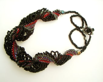 black and red twist necklace - spiral rope necklace - dramatic bead woven necklace - multicolor torsade necklace - gothic coil swirl