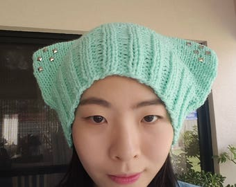 READY TO SHIP- Cat beanie with large ears --Mint-- Silver stud
