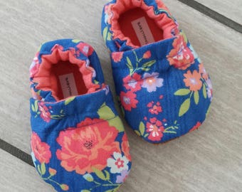 baby girl shoes, ready to ship baby shoes, newborn crib shoes, blue soft sole baby shoes, girls shoes, leather baby shoes, baby shower